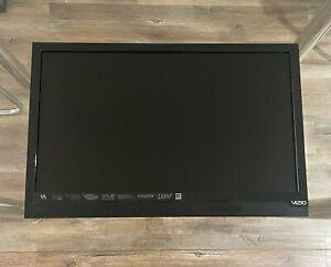 """VIZIO E-Series E221-A1 23.8"""" 1080p HD LED LCD TV. Great Condition."""