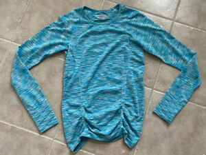 NEW ATHLETA Aqua Long  Sleeve Athletic Top Sz Medium
