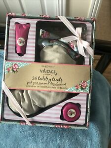 Body Collection Vintage Christmas STOCKING Pre Filled Toiletry Advent Calendar