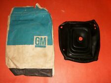 NOS Chevrolet 1966-67 Chevelle with Console with 4 speed Upper Shift Boot