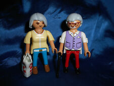 Playmobil City Life Grandma And Grandpa Bag Walking Convolute Top