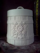 "Atlantic  Barrel w/Daisy Cookie Jar 12"" x 8"" ready to paint ceramic bisque"
