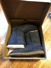 UGG Women's Classic Short II Boots, NAVY, US Size 8 (EU Size 39); NEW IN BOX