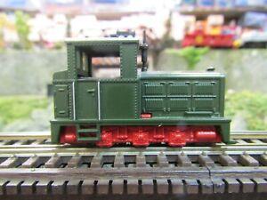 ROCO HOe, HOn30  0-6-0 GREEN and RED DIESEL SWITCHER TESTED  RUN ON N SC. TRACK