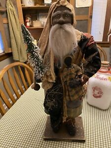 Stunning OOAK Arnett's Country Store Black Santa With Doll!!!
