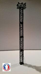 PYL04-HO-Kit pylone / mât eclairage 4 niveaux avec 6 projecteurs blanc froid