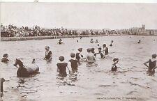 Norfolk Postcard - The Bathing Pool - Great Yarmouth  A5774