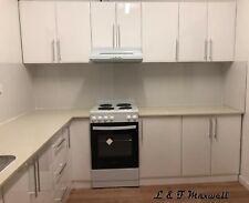 Complete kitchen with high gloss doors Caesar stone bench 2600x3000 & splashtile
