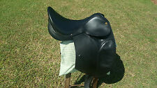 Industria Agentina 16 inch all leather dressage saddle