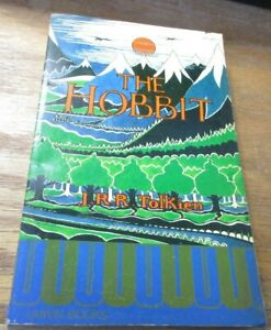 THE HOBBIT J.R.R. Tolkien  Unwin PB 1975 reset (new Edition) UK Only
