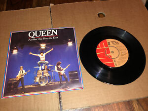 """Queen - Another One Bites The Dust - 7"""" 1980 Vgc+/ex.con A1/B1"""