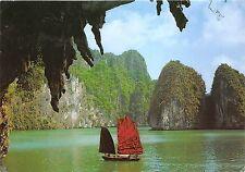 BG33802 ha long hang bo nau the bo nau cave vietnam
