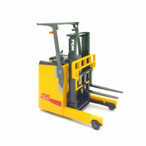 1/20 TCM FRB-VIII Electric Reach Forklift Truck Model Diecast Vehicle Collection