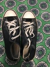 converse all star chuck taylor black leather Size 6