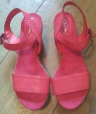 WOMEN'S CORAL CLARKS WEDGES SANDALS SIZE 5.5