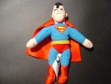 Pequeño Superman Warner Bros Beanie Muñeca 5.5 in (approx. 13.97 cm) De Alto