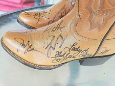 2008 ACM AWARDS BOOTS!  19 Autographs Taylor Swift, Terry Fator, Troy Gentry, ..