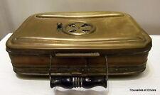 Ancienne chaufferette en cuivre jaune, 20,2cm x 14,2cm