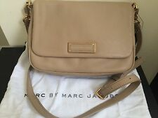 NWT $388 Marc by Marc Jacobs Too Hot Lea Messenger Tracker Tan
