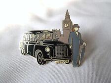 Pin's  Démons et Merveilles taxis Londres