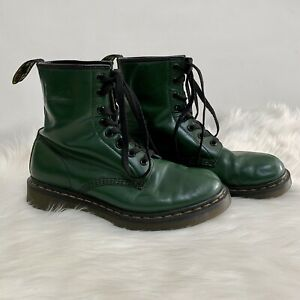 Dr. Martens 1460 Green Smooth Leather 8-Eye Lace-up Boots - Women's US Size 9