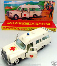 MATCHBOX Diecast KING SIZE K-6 MERCEDES BENZ BINZ AMBULANCE on Custom Display [F