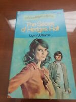 Lynn Williams: Secret of Hedges Hall. Dell Candlelight Mystery