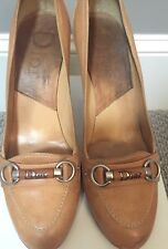 Tan round toed pumps by Christian Dior sz 39.5 Retail $515