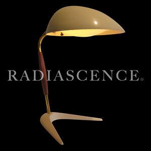 GERALD THURSTON LIGHTOLIER ATOMIC MODERN PROFILE CRICKET WALNUT TABLE lamp 50s