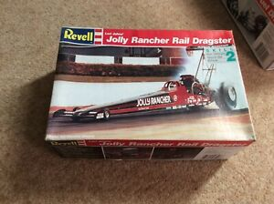 REVELL LORI JOHNS JOLLY RANCHER TOP FUEL DRAGSTER 1/25 SCALE MODEL KIT