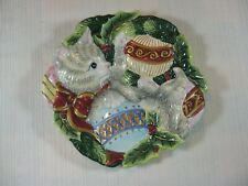 Fitz and Floyd Essentials Christmas Kitten with Ornaments Wall Plate