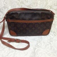Louis Vuitton Mono Leather Trocadero Handbag- Crossbody 11in x 7in x 2.5in(8903)