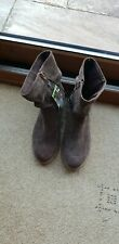 Ladies Boots Size 4 New