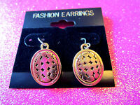 Gold Tone Dangles Earrings 1 Inch