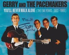 Gerry Marsden HAND SIGNED 8x10 Photo, Gerry And The Pacemakers Autograph Walk G