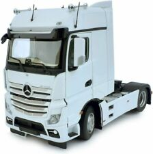 MARGE MODELS - 1909-01 MERCEDES-BENZ ACTROS BIGSPACE 4X2 WHITE 1:32 SCALE