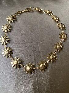 18ct Yellow Gold Daisy Bracelet