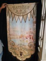 """Bannière ancienne """"bataille de fleurs"""" peinture sur   soie  Nice, signé H GIOTI"""