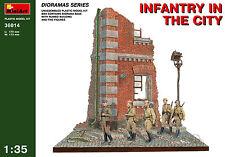 MINIART #36014 WWII Russian Infantry in the City Diorama mit 5 Figuren in 1:35
