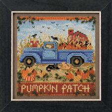 Old Time Harvest Cross Stitch Kit Mill Hill 2017 Buttons & Beads Autumn MH141726