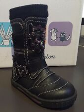 New Boxed TODDLER GIRL Black Leather Look Boots Size 20 (1 - 2 y.o)