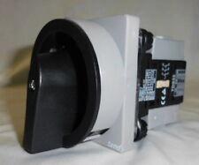 Cam Switch TDS33-FRB (Color: Black/Gray)-Tend 690V
