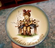 "Berta Hummel Mother'S Day 1982 Plate New in Box ""The Flower Basket"" by Schmid"