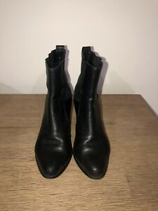 Clarks Women's boots, Size 39, Very Comfortable