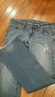 Ladies American Eagle stonewashed jeans size 8