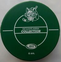 CHICAGO WOLVES EXCLUSIVE ARENA COLLECTION AHL HAPPY HOWLIDAYS RARE GREEN PUCK