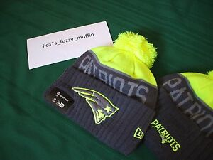 New England Patriots New Era knit pom hat w/tags NEON Graphite UPRIGHT yellow 15