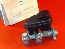 NOS GM 1988-94 Chevrolet Buick Oldsmobile Pontiac brake master cylinder 18013214
