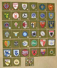 Fußball international Stoffembleme + Anstecknadeln zur Raumgestaltung, Originale