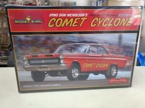 Moebius 1238 Dyno Don Nicholson's 1965 A/FX Mercury Comet Cyclone model kit